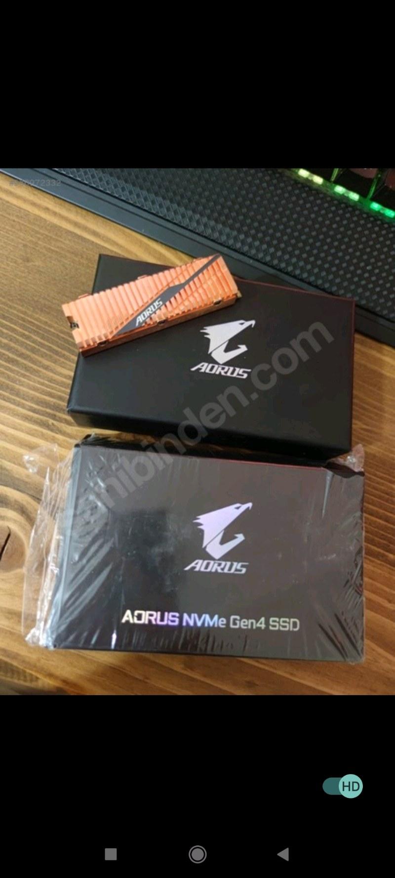 GIGABYTE 1TB AORUS Gen4 M.2 SSD (5000MB Okuma / 4400MB Yazma